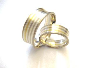 Trauringe hochzeit gold  Mehrfarbige Trauringe aus Gold und Silber